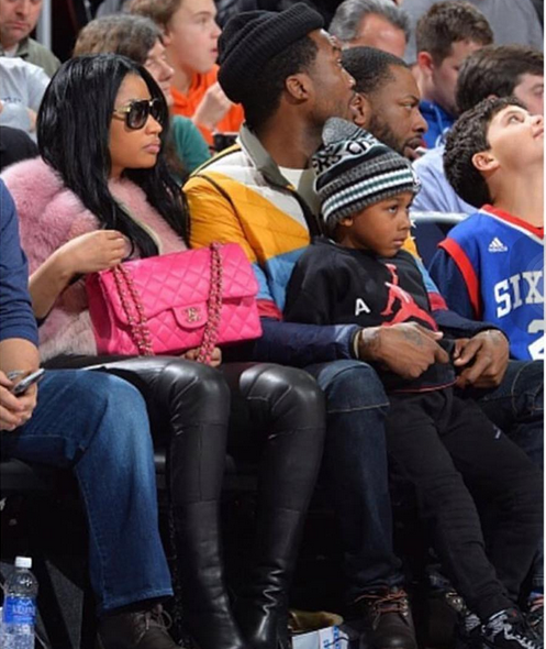 Nicki Minaj joins Meek Mill & his son at basketball game ...