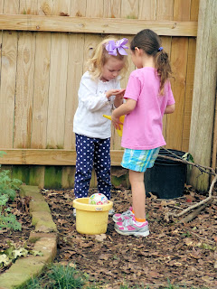 Spring is in the air #KinderFriends bloghop and outside learning ideas