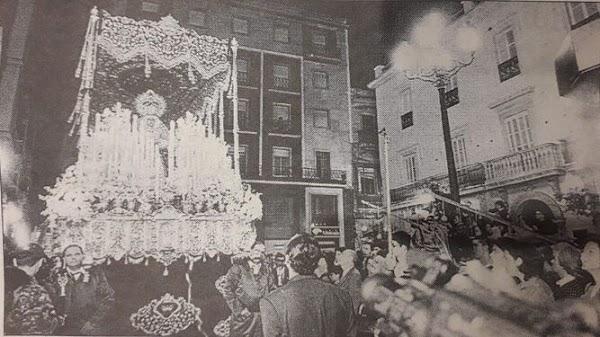 La hemeroteca del Domingo de Ramos de Cádiz