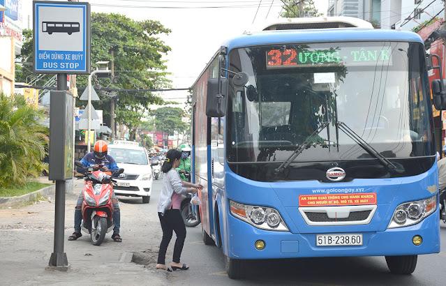 Xe bus 32