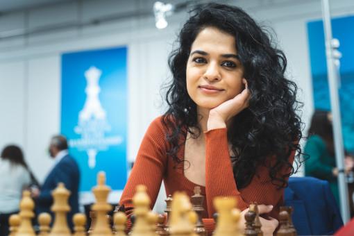 L'Inde de Tania Sachdev s'incline face à l'équipe russe - Photo © Niki Riga