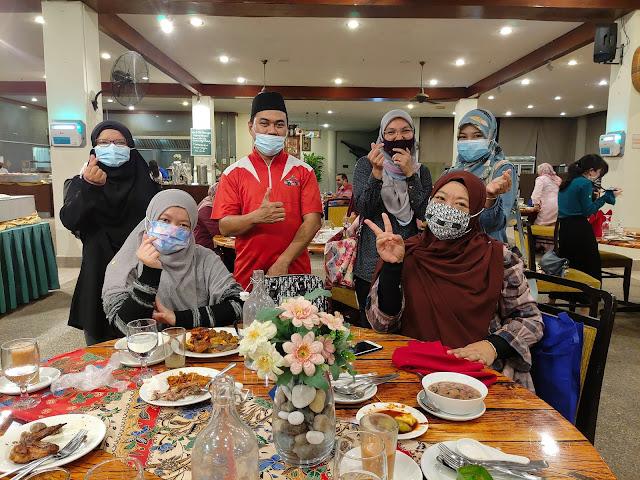 Bubur Lambuk Seafood Buffet Ramadhan Di Tanjong Puteri Golf Resort Sedap!