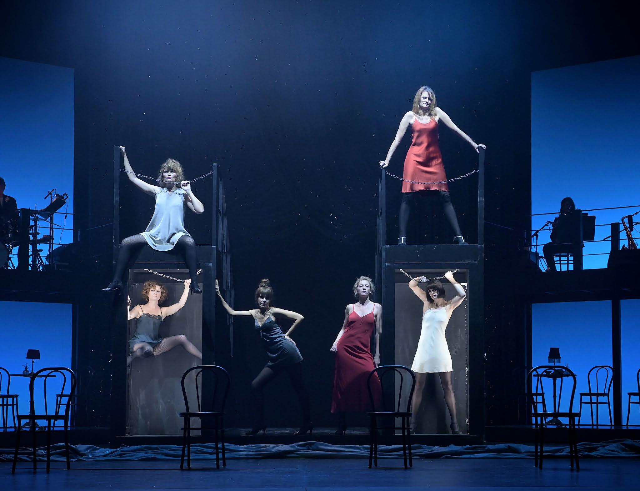 Adèle Exarchopoulos et le théâtre : une première rencontre explosive