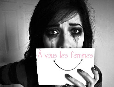 Photos d'une femme triste, noir et blanc