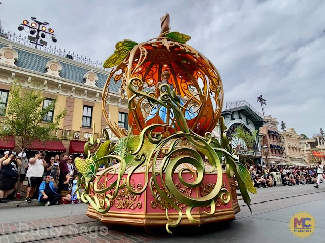 Cinderella Magic Happens Float