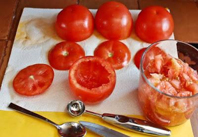 как сделать божью коровку из помидоров http://prazdnichnymir.ru/