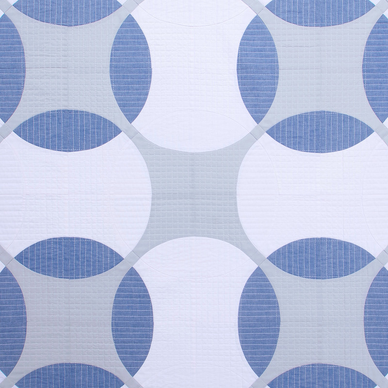 Modern Geometric Baby and Lap Quilt   Flowering Snowball Quilt   © Red Pepper Quilts 2017