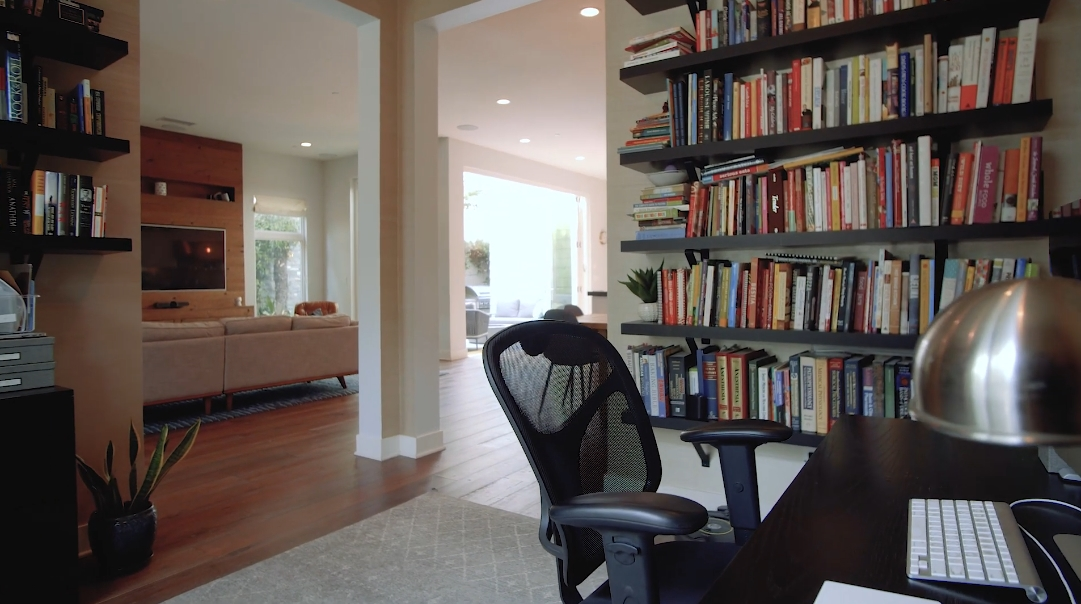 20 Interior Design Photos vs. 12884 Hammock Ln, Los Angeles Luxury Home Tour