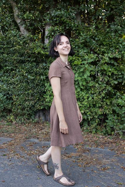 DIY Hemdblusenkleid Dolores von Milchmonster - Leinenkleid selber nähen