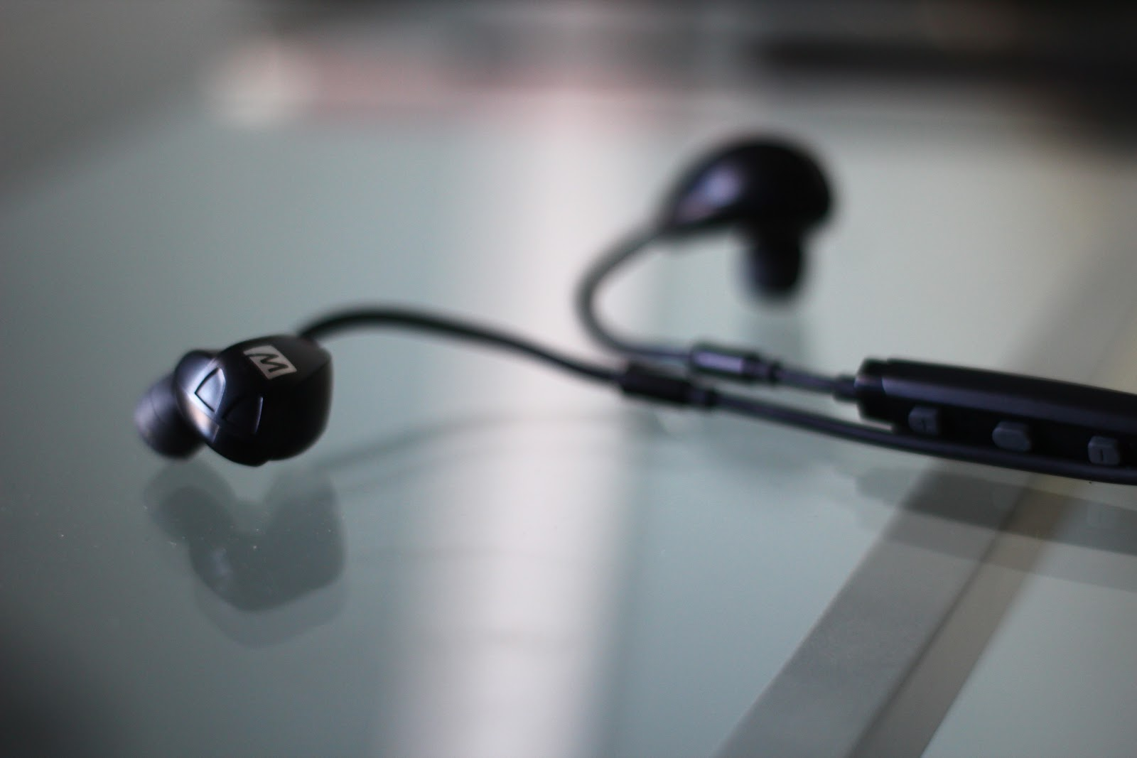 Wireless in-ear headphone Review: MeeAudio X7 Plus