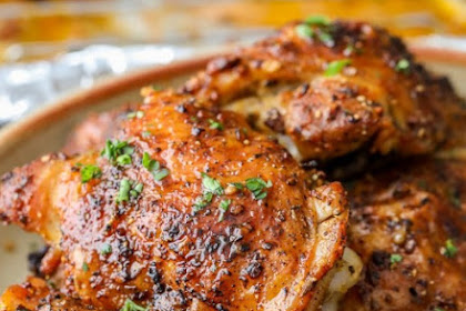 OVEN BAKED CHICKEN THIGHS