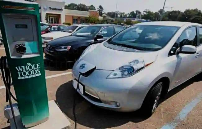 Pakistan introduce electric vehicles