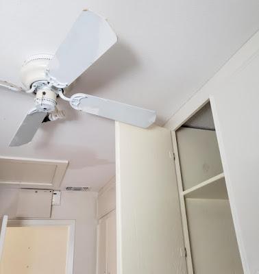 Bien positionner son ventilateur au plafond !