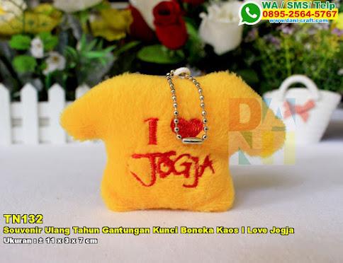 Souvenir Ulang Tahun Gantungan Kunci Boneka Kaos I Love Jogja