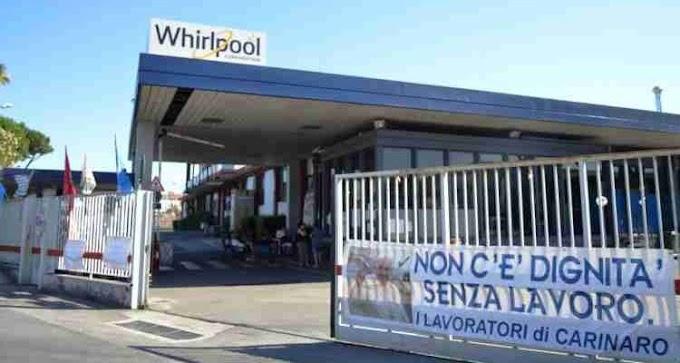 """Whirlpool, Ficco (Uilm): """"Non ci rassegniamo alla chiusura dello stabilimento di Napoli, Presidenza del Consiglio intervenga"""""""