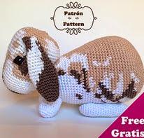 http://www.ravelry.com/patterns/library/conejo-kurt---kurt-rabbit