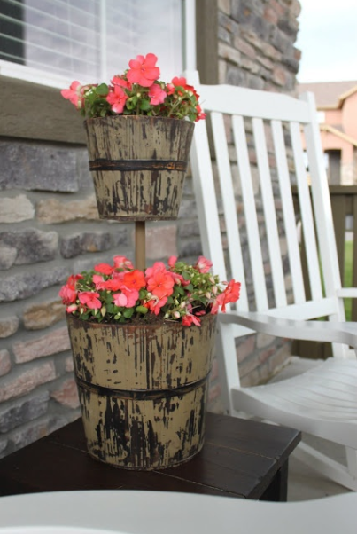 EASY DIY GARDEN FURNITUR TO INSPIRE YOU