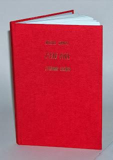 livre entoilé