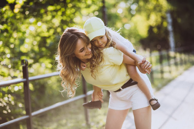 Bimbi in viaggio: consigli per le mamme viaggiatrici