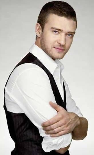 Foto de Justin Timberlake posando para fans