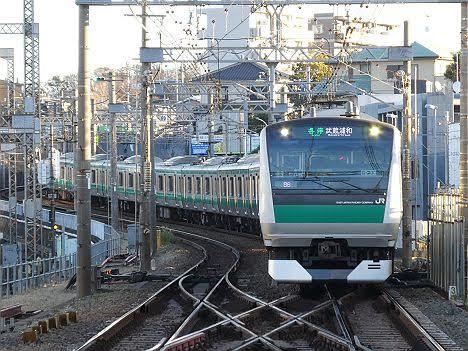 【ダイヤ改正で1本だけ新設!】E233系の各停 武蔵浦和行き