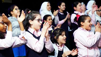 لعبة تصفيق اطفال يصفيقون تصفيق على الفاءز تصفيقات الجمهور