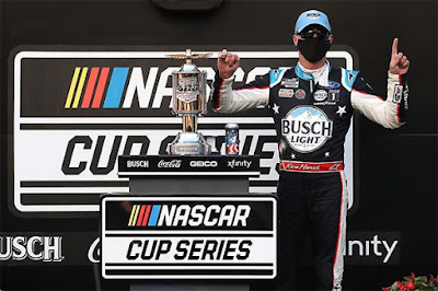 Kevin Harvick & Stewart-Haas Racing in the Winner's Circle / Indy #nascar
