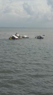 BREAKING NEWS* -Ada' Kapal Tenggelam di Perairan Pelabuhan  Larea-Rea Sinjai