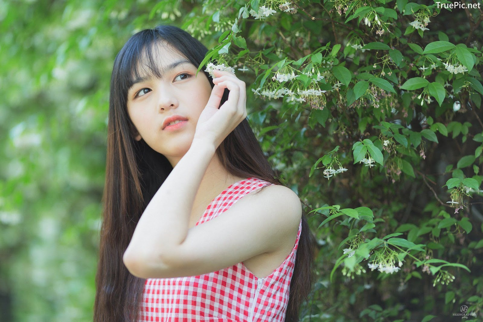 Image-Thailand-Cute-Model-Emma-Panisara–Album-Emma-Bright-Sunday-TruePic.net- Picture-25