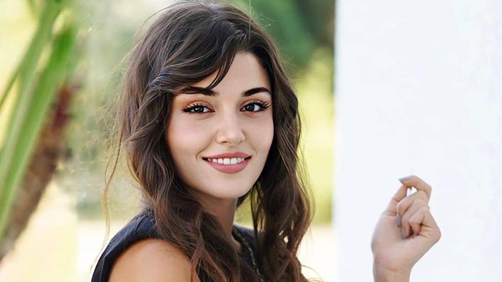 إليكم سر جمال بشرة الممثلات التركيات