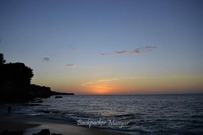 Menikmati senja di Pantai Tegal Wangi yang sunyi dan tenang - Backpacker Manyar