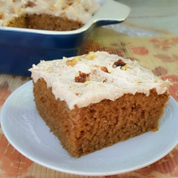 Pumpkin Cake Bars - Quick, easy and sooo delicious recipe for moist Pumpkin Cake Bars - around 15 servings