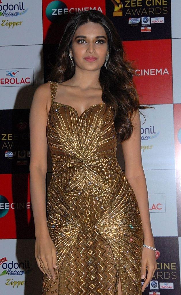 teenage Bollywood models