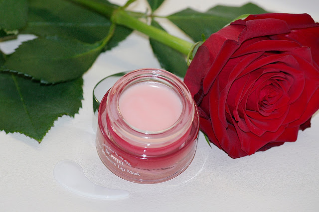 Oil Blossom Lip Mask Camelia Seed Oil Petitfee