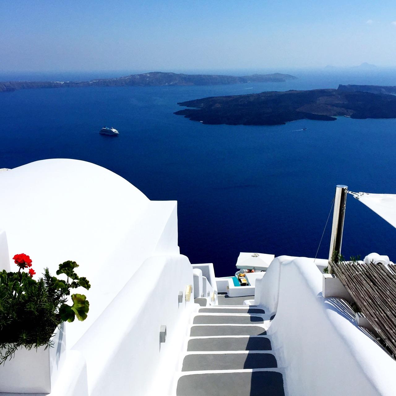 Chromata Santorini Resorts