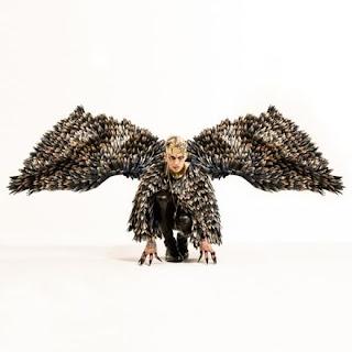 """Copertina di """"16 Marzo"""", il nuovo singolo di Achille Lauro."""