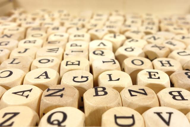 アルファベットの積み木