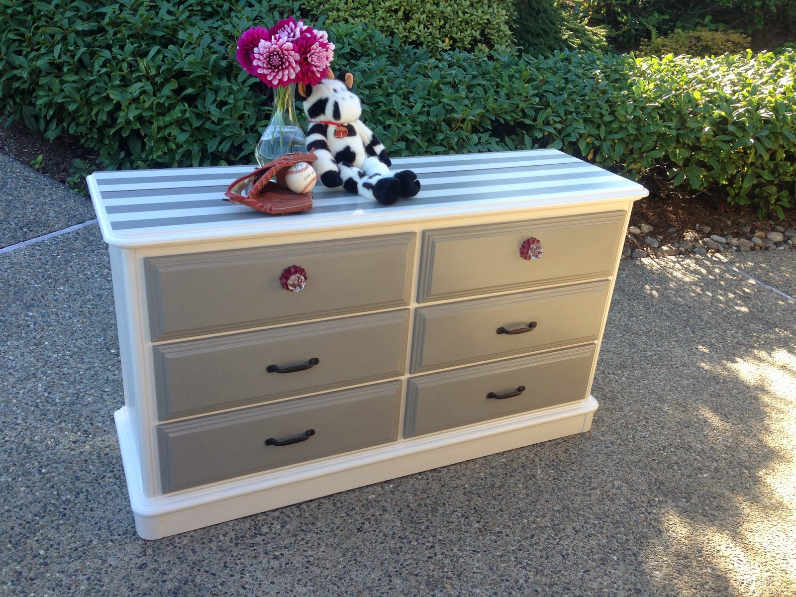Fantastic Sophisticated Junk Pile: Off-White and Gray Striped Dresser with  DD96