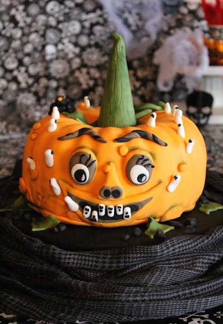 Halloween Kürbis Torte, Motivtorte Kürbis zu Halloween