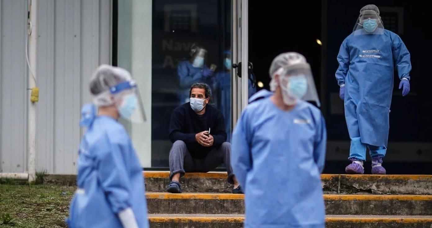Argentina superó 30.000 muertes, al sumar 345 fallecidos en las últimas 24 horas