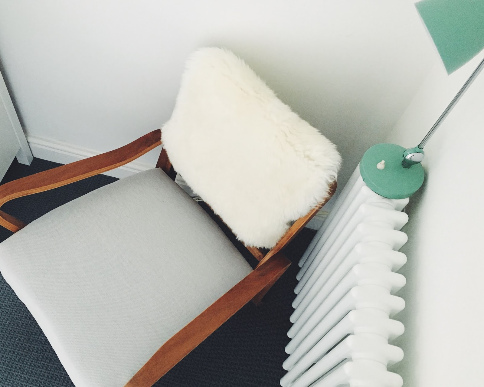re-covering a vintage chair, easy update, nursing chair