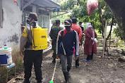 Posko PPKM Skala Mikro Bergerak, Rumah Warga Bukateja Disemprot Desinfektan