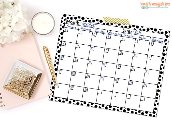 Black and White Calendar Printables