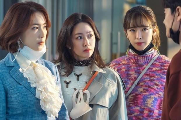 Potongan Scene Drama Revolutionary Sisters/Twitter.com/soompi