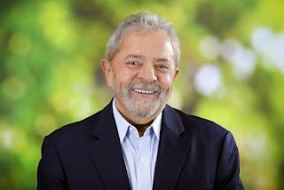 Lula dispara em pesquisa de opinião pública e consolida liderança para 2018