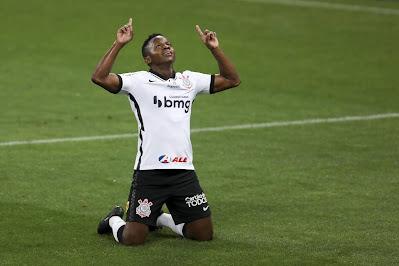 Meia do Corinthians