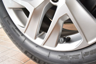 Cảm biến áp suất lốp gắn ngoài Fobo Tire
