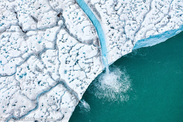 17. Melting ice caps in the Svalbard archipelago. (Photo by Florian Ledoux