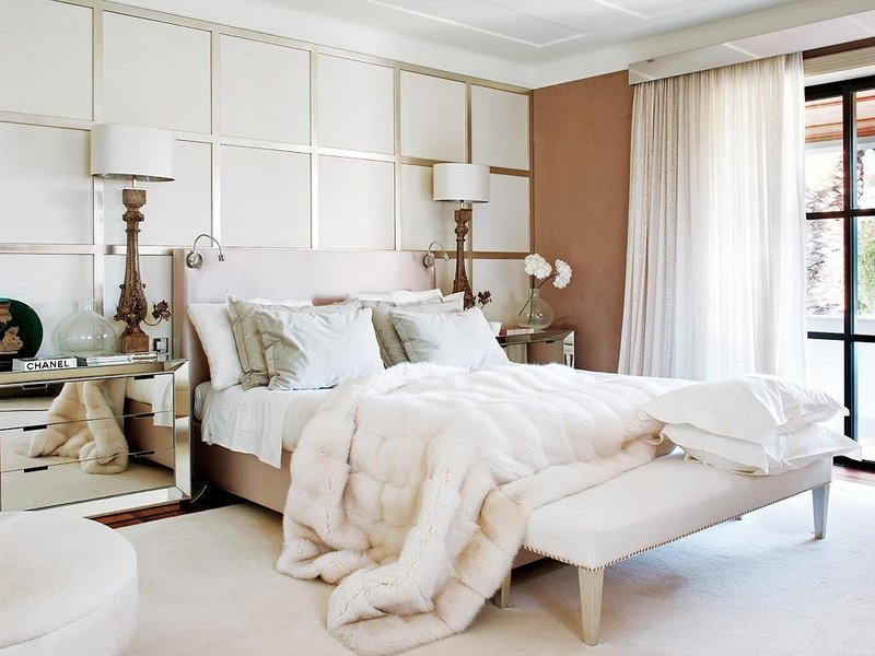 Décor Inspiration: Beautiful Rooms in Wood & Winter White