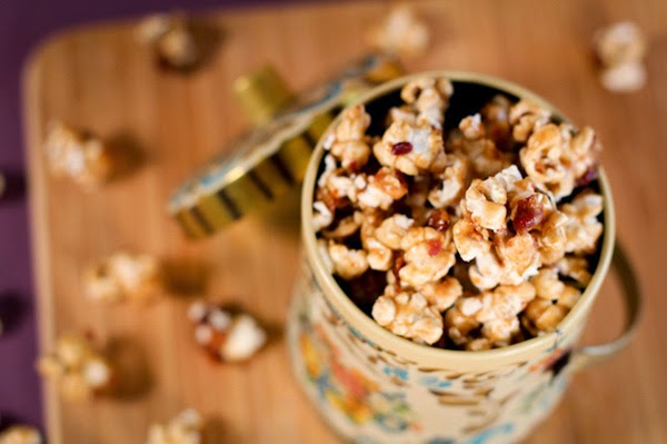 http://www.bakepedia.com/bacon-bourbon-salted-caramel-popcorn-recipe/